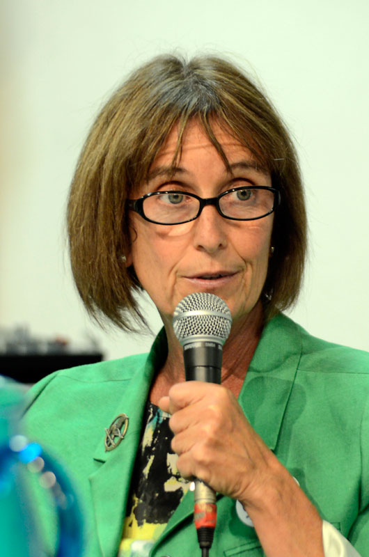 cece-pinheiro-water-forum-santa-cruz-council-candidates-september-27-2012-9.jpg