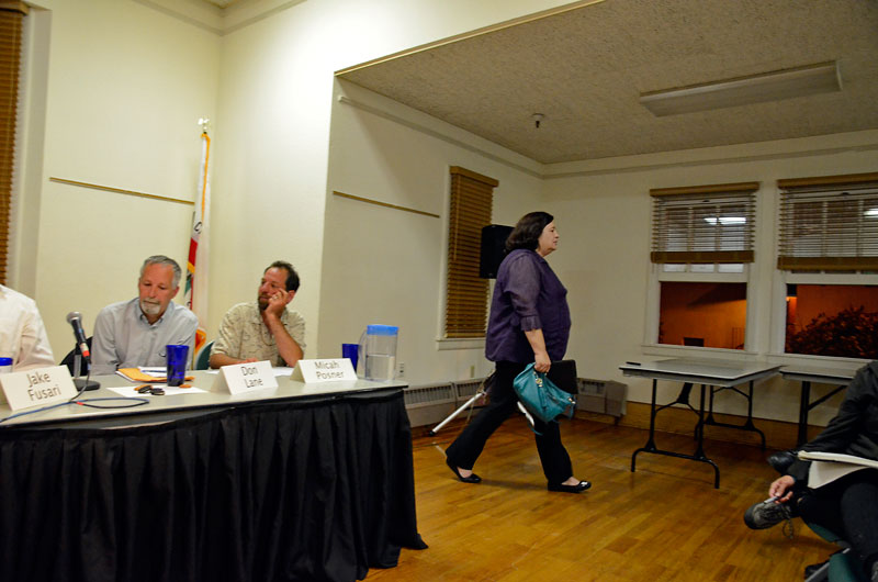 richelle-noroyan-water-forum-santa-cruz-council-candidates-september-27-2012-14.jpg