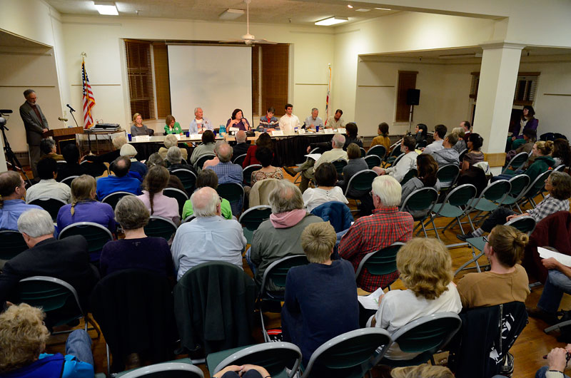 water-forum-santa-cruz-council-candidates-september-27-2012-1.jpg