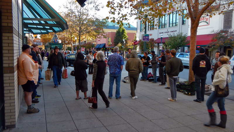 santa-cruz-street-musicians-downtown-ordinances-pacific-avenue-november-9-2012-3.jpg