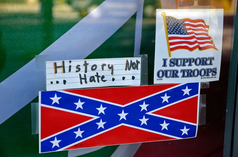 confederate-flag-felton-november-22-2012-1.jpg