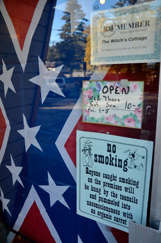 confederate-flag-felton-november-22-2012-4.jpg