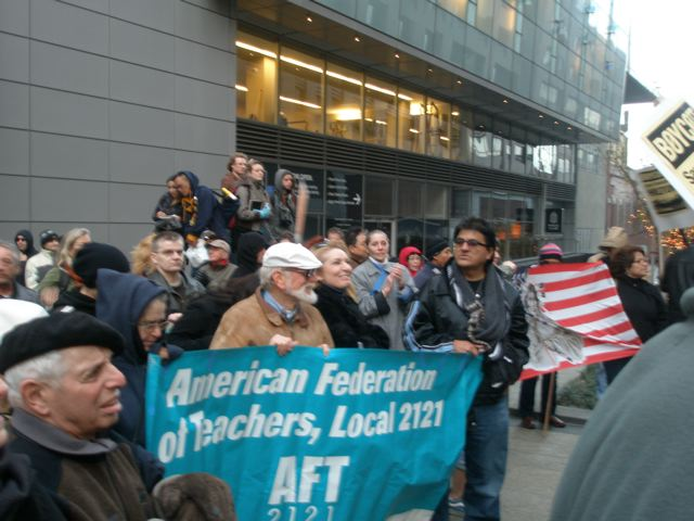 aft2121_at_labor_2_rally.jpg
