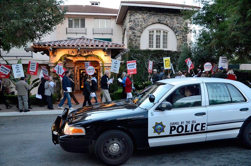holiday-rally-la-playa-carmel-police-hotel-december-20-2012-13.jpg