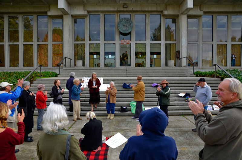 linda-lemaster-lodging-trial-647_e_-santa-cruz-courthouse-december-6-2012-2.jpg