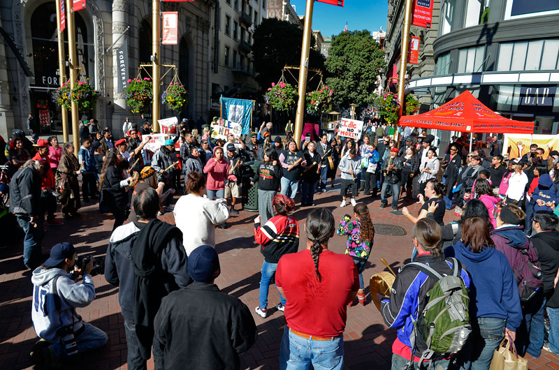 idle-no-more-ohlone-flashmob-san-francisco-january-27-2013-8.jpg
