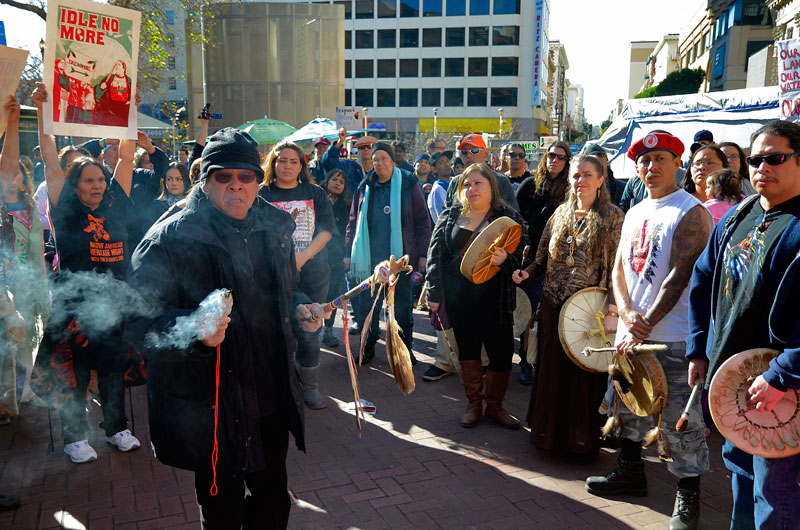 wounded-knee-deocampo-idle-no-more-ohlone-flashmob-san-francisco-january-27-2013-16.jpg