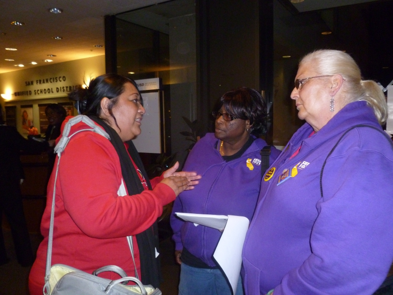 800_seiu_1021_mlk_middle_school_worker_and_whistleblower_talks_to_brenda_and_terry.jpg