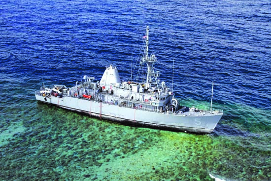 2013-us-navy-uss-guardian-tubbataha-reef-philippines - The wonderful world of coral reefs  - Science and Research