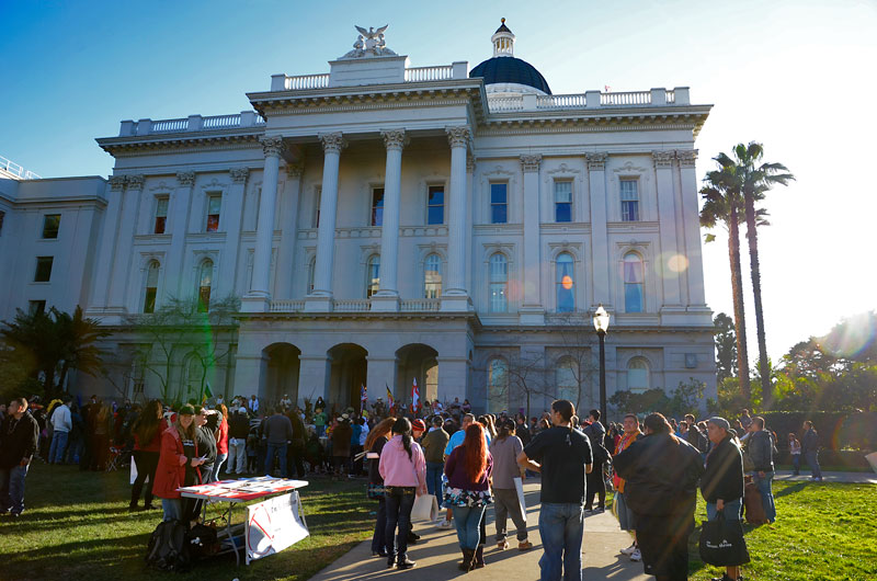 idle-no-more-california-state-capitol-sacramento-january-26-2013-2.jpg
