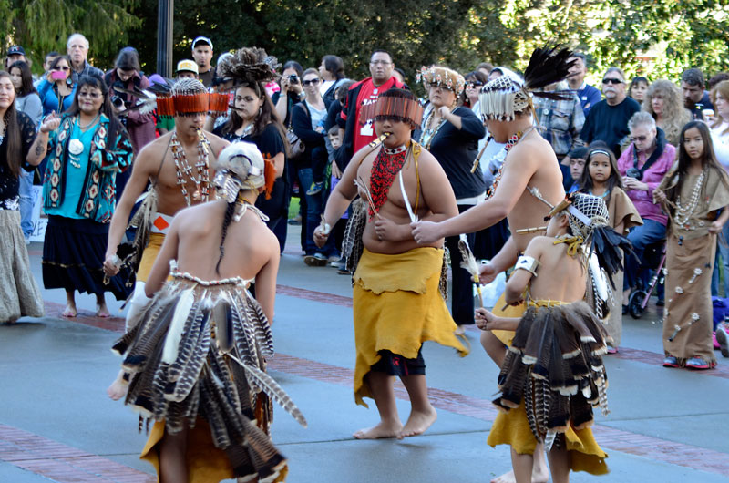 miwok-dancers-idle-no-more-california-sacramento-january-26-2013-10.jpg