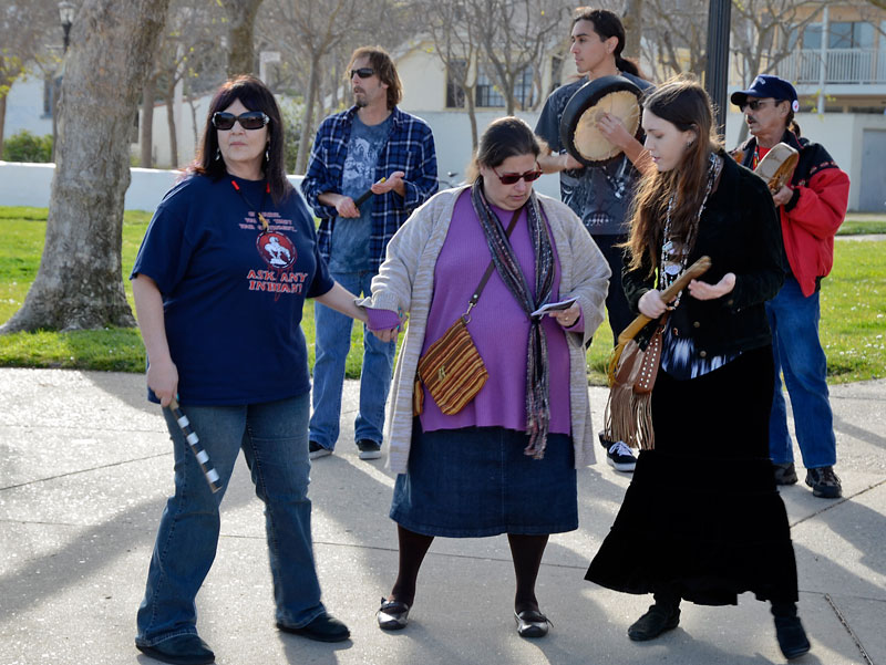 idle-no-more-flash-mob-monterey-february-17-2013-17.jpg