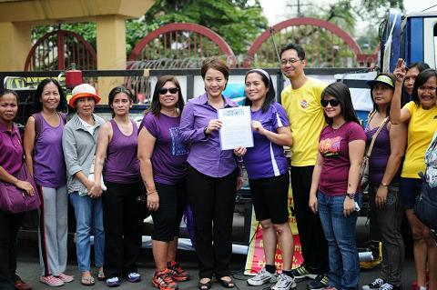 2013-international-womens-day-philippines.jpg