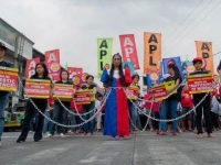 200_2013-apl-womens-day-philippines.jpg original image ( 514x328)