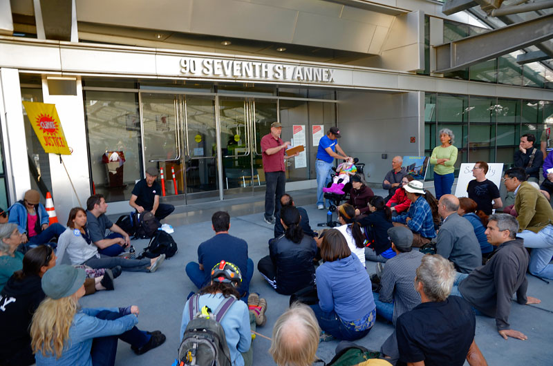 xl-keystone-direct-action-training-san-francisco-march-23-2013-4.jpg