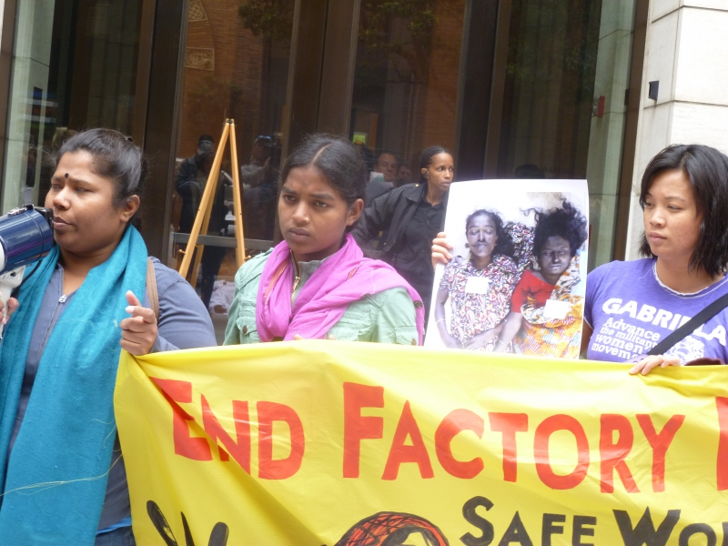 800_gap_sf_bangladeshi_garment_workers.jpg
