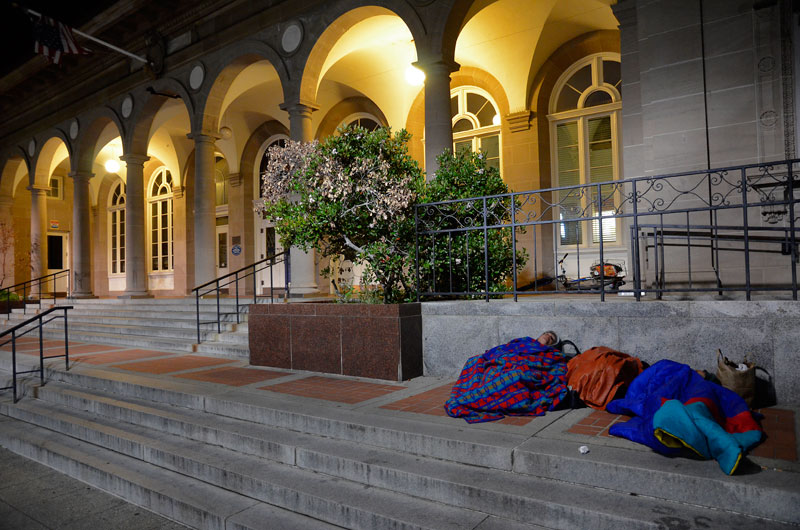 sleep-protest-santa-cruz-post-office-april-21-2013-3.jpg