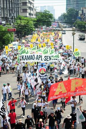 2013-1-may-labor-day-philippines.jpg