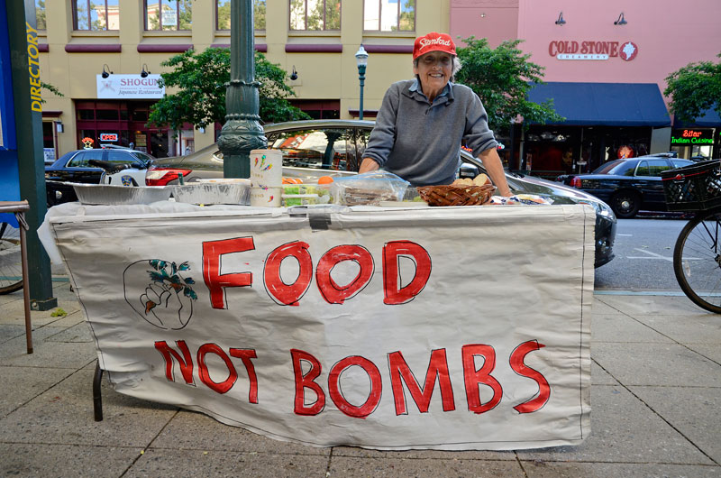food-not-bombs-may-day-immigration-reform-santa-cruz-2013-18.jpg