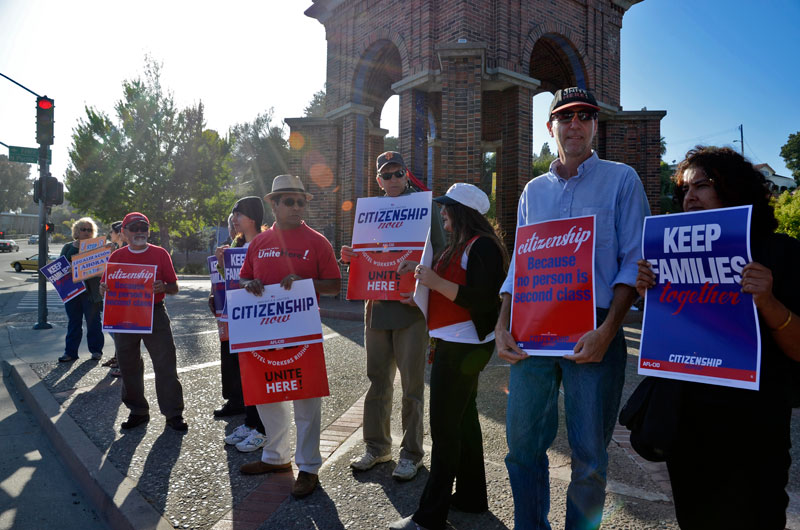may-day-immigration-reform-santa-cruz-2013-5.jpg