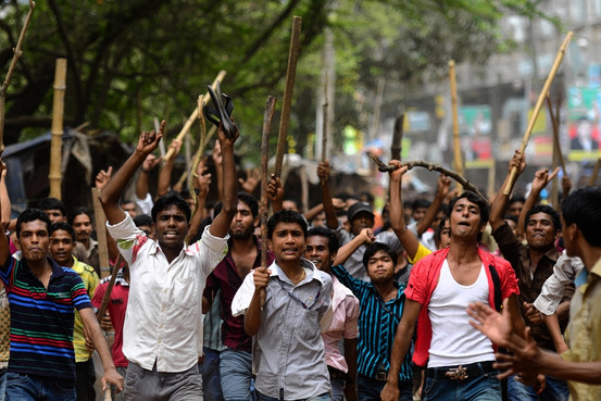 bangladesh_workers_demonstrating.jpg