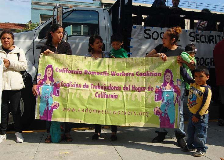 domestic_workers_coalition_with_children.jpg
