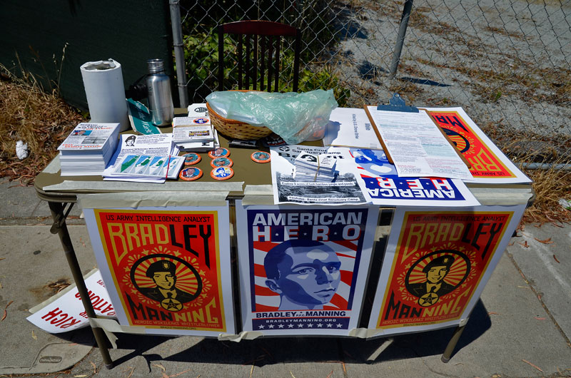 bradley-manning-american-hero-independence-day-santa-cruz-july-4th-2013-13.jpg