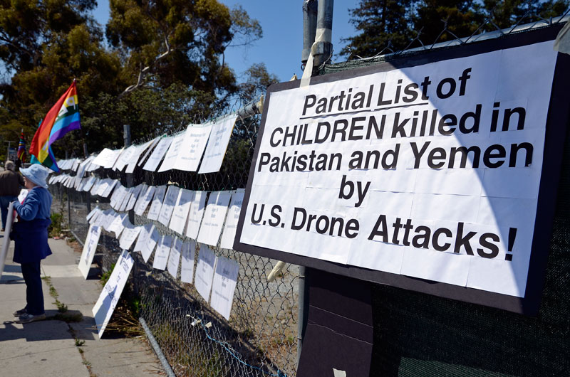 children-killed-by-drones-independence-day-santa-cruz-july-4th-2013-20.jpg