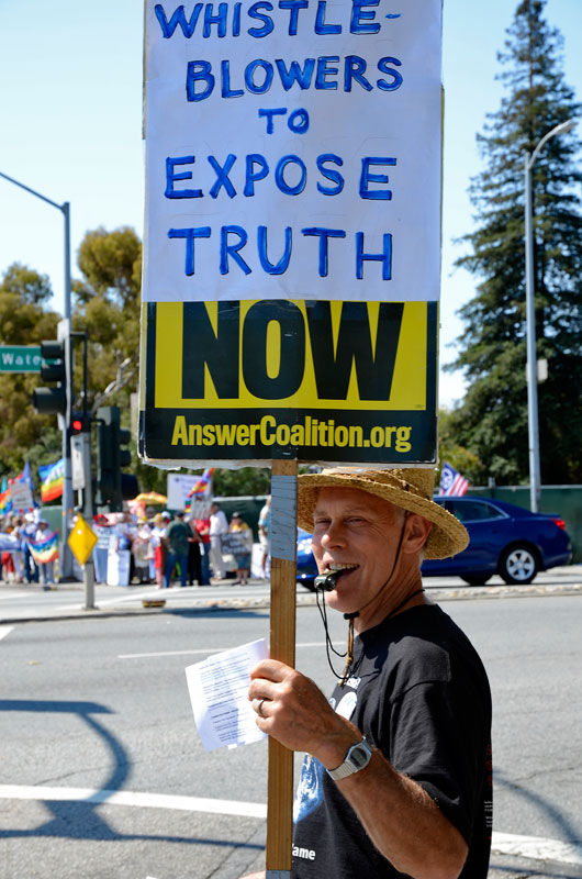 whistle-blower-independence-day-santa-cruz-july-4th-2013-6.jpg