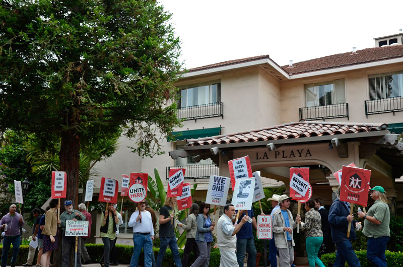 la-playa-carmel-hotel-boycott-rally-august-16-2013-1.jpg