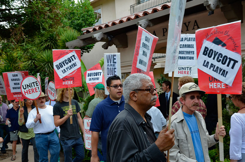 la-playa-carmel-hotel-boycott-rally-august-16-2013-11.jpg