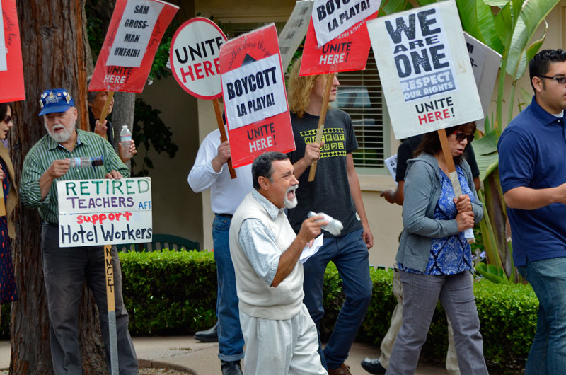 la-playa-carmel-hotel-boycott-rally-august-16-2013-5.jpg