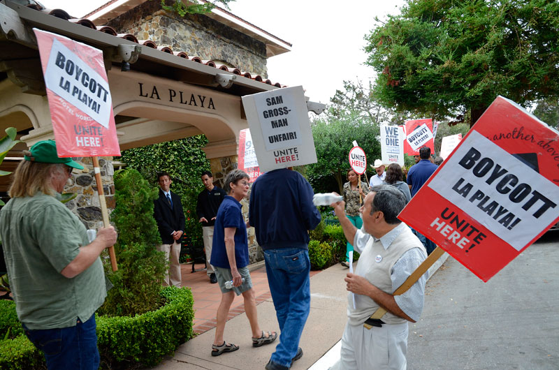 la-playa-carmel-hotel-boycott-rally-august-16-2013-8.jpg