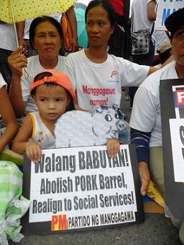 2013-pork-barrel-scandal-philippines-pm.jpg