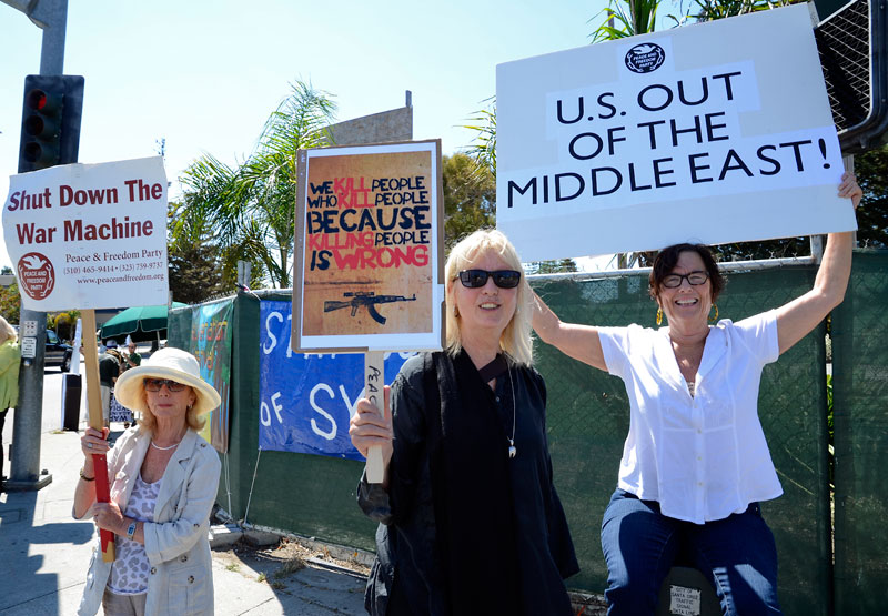war-in-syria-protest-santa-cruz-august-31-2013-10.jpg
