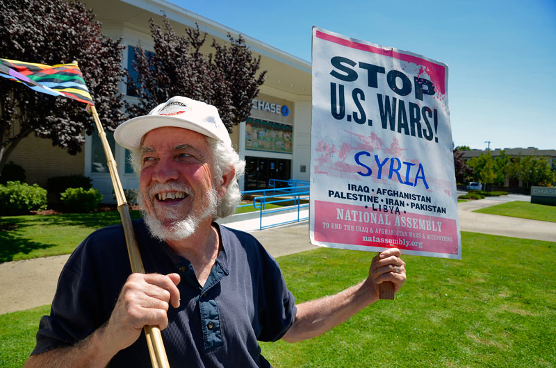 war-in-syria-protest-santa-cruz-august-31-2013-13.jpg