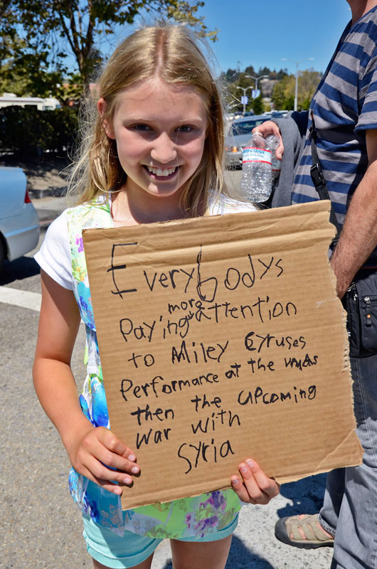 war-in-syria-protest-santa-cruz-august-31-2013-3.jpg