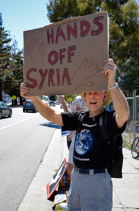 war-in-syria-protest-santa-cruz-august-31-2013-7.jpg
