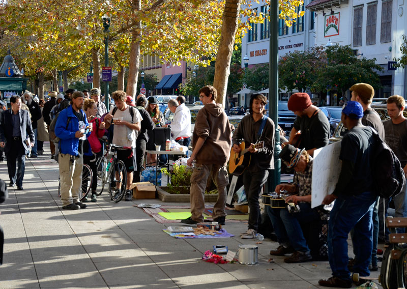 community-blanket-sit-in-downtown-santa-cruz-october-24-2013-14.jpg