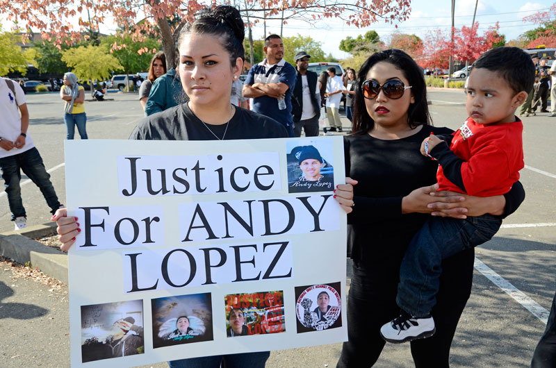 andy-lopez-march-santa-rosa-october-29-2013-30.jpg