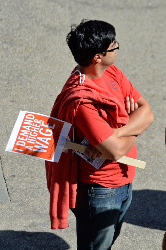 uc-student-academic-workers-ucsc-bargaining-santa-cruz-october-22-2013-4.jpg