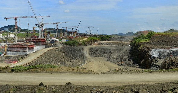 panama-canal-construction-expansion-project.jpg