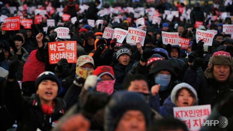 korea-railway-strike.jpg