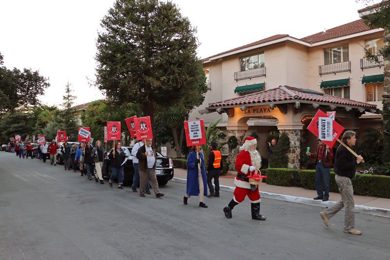la-playa-carmel-holiday-rally-december-20-2013-1.jpg