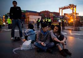 hong_kong_dock_workers.jpeg