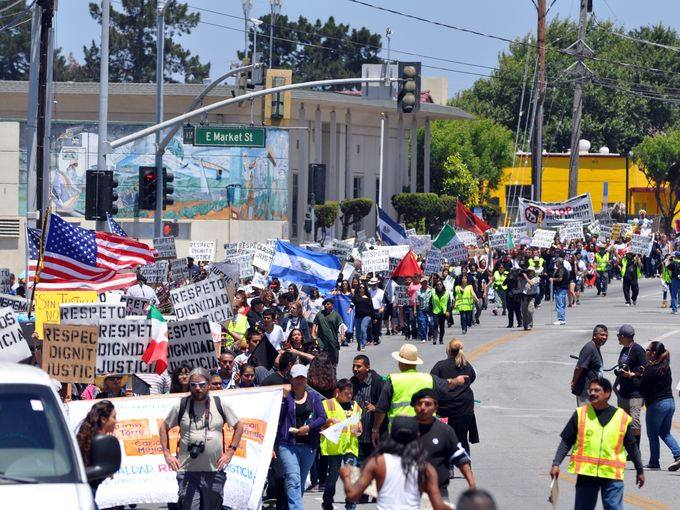 photo-for-dont-support-salinas-police-rally-on-5-31-14.jpg