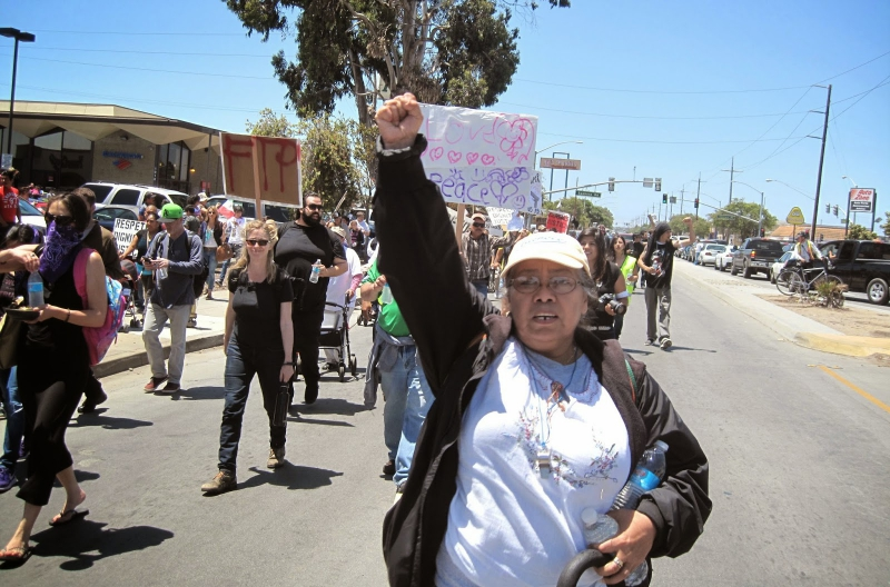 800_marching-on-alisal-street.jpg