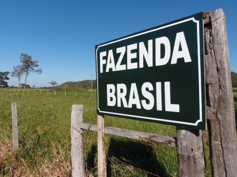800_01__welcome_to_the_fazenda_republic_of_brazil.jpg