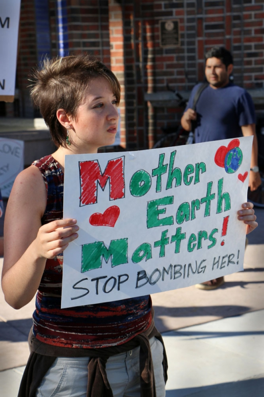 800_middle-east-peace-vigil-santa-cruz-july-21-2014-10.jpg