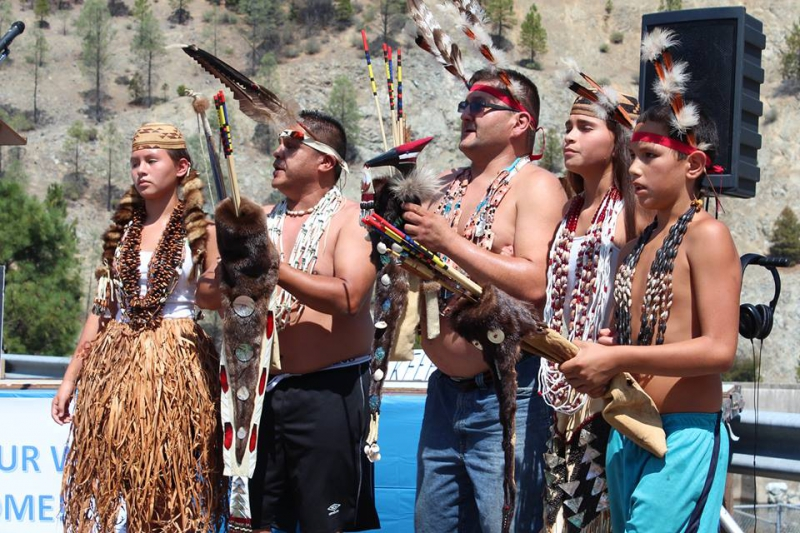 800_traditional_hoopa_yurok_karuk_brush_dance_1.jpg